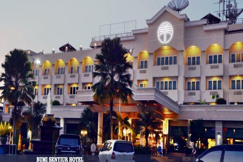 Hotel Bumi Senyiur Samarinda - Tampilan Luar Hotel