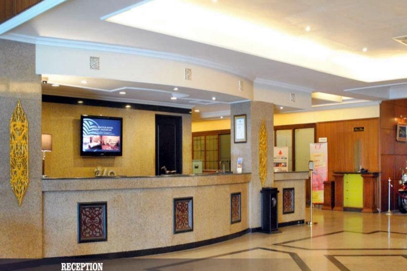 Hotel Bumi Senyiur Samarinda - Resepsionis