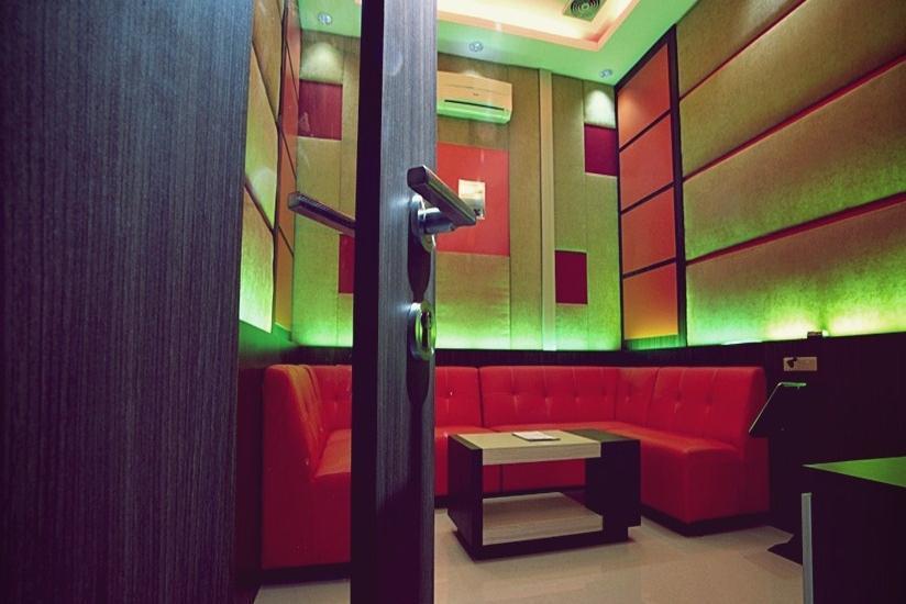 Hotel Benteng Pekanbaru - Karaoke