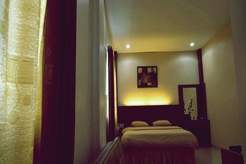 Hotel Benteng Pekanbaru - Suite Room Regular Plan
