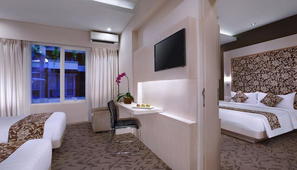 Quest San Hotel Denpasar - Deluxe Twin connected to Deluxe Double