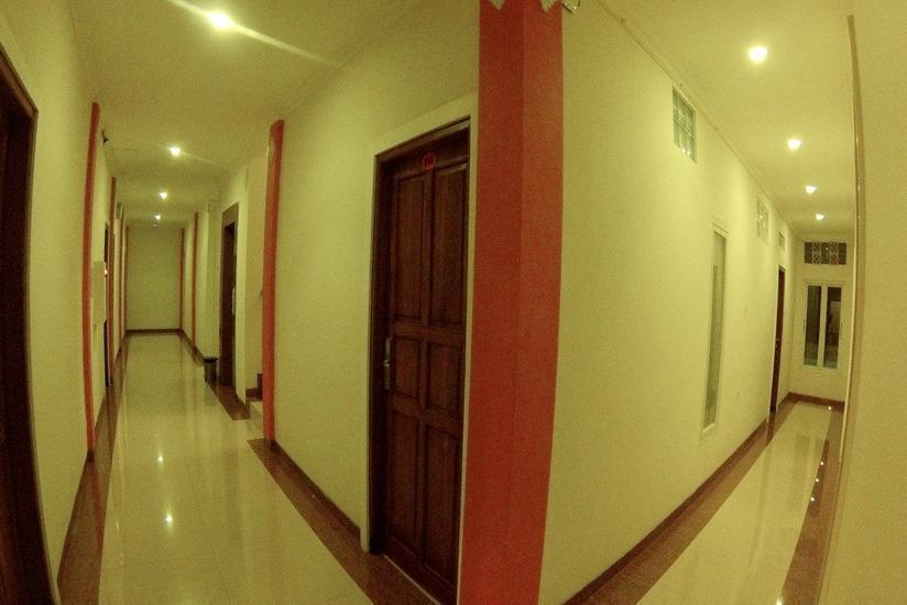 Gowin Hotel Bali - Koridor