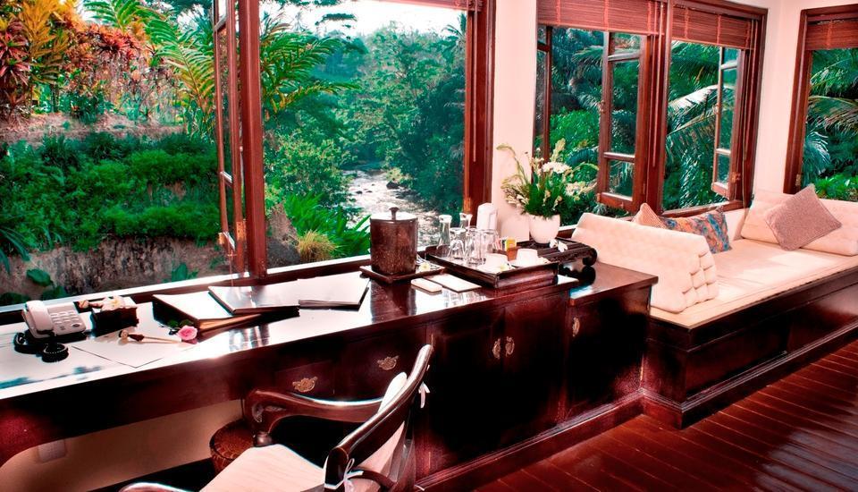 Villa Semana Resort & Spa Bali - Cempaka - Desk at Upper Bedroom