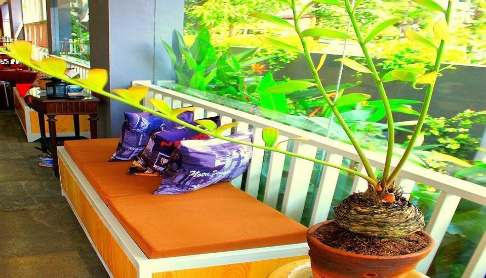 Roemah 28 Medan - Lobby