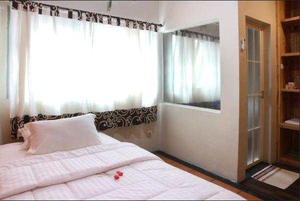 Roemah 28 Medan - Family Room