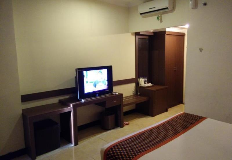 Smart Hotel Lubuklinggau - Superior Double Room Regular Plan