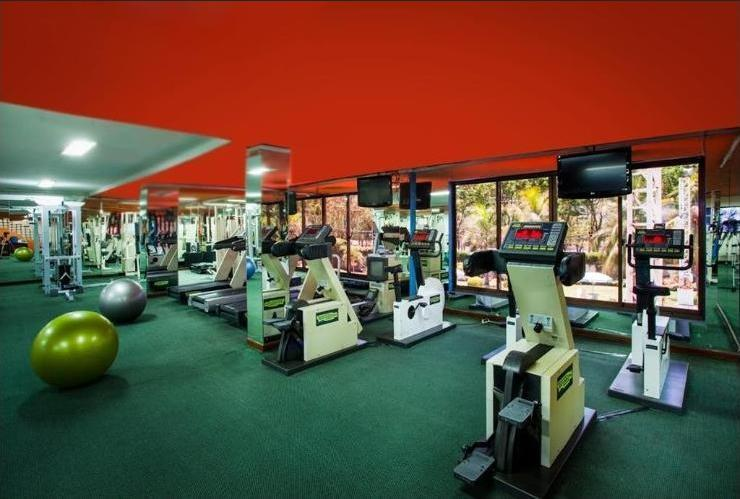 Surabaya Suites Hotel Plaza Boulevard - Fitness Center