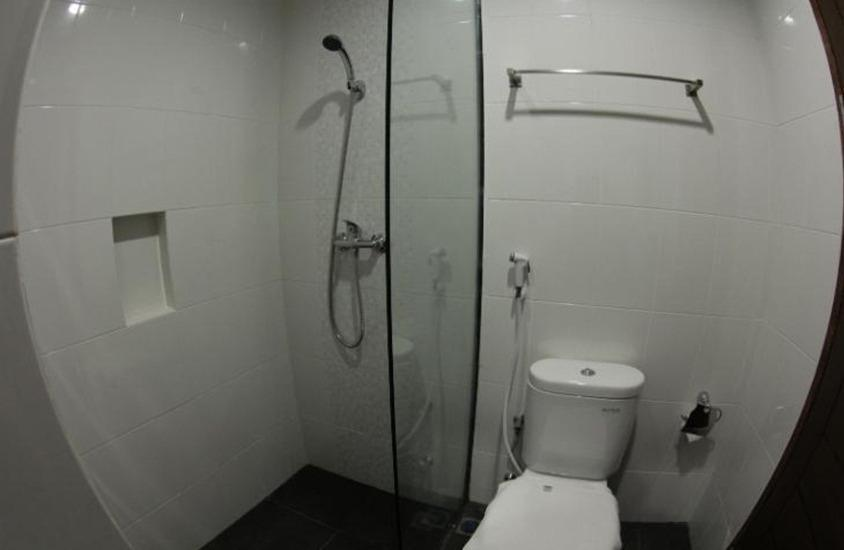 Hotel Amantis Demak - Bathroom