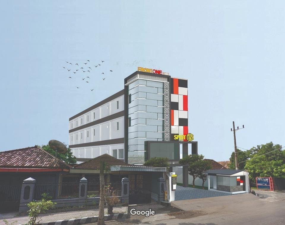 Front One Inn Kediri Kediri - Exterior