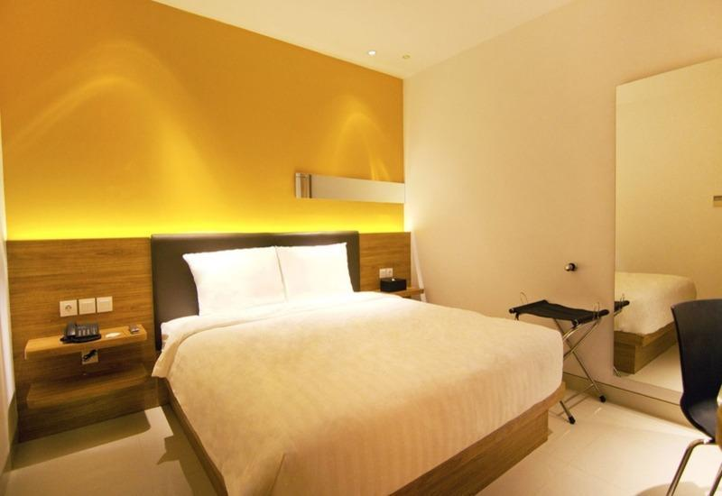 Zoom Hotel Jemursari Surabaya - Sleeping Room Only Regular Plan