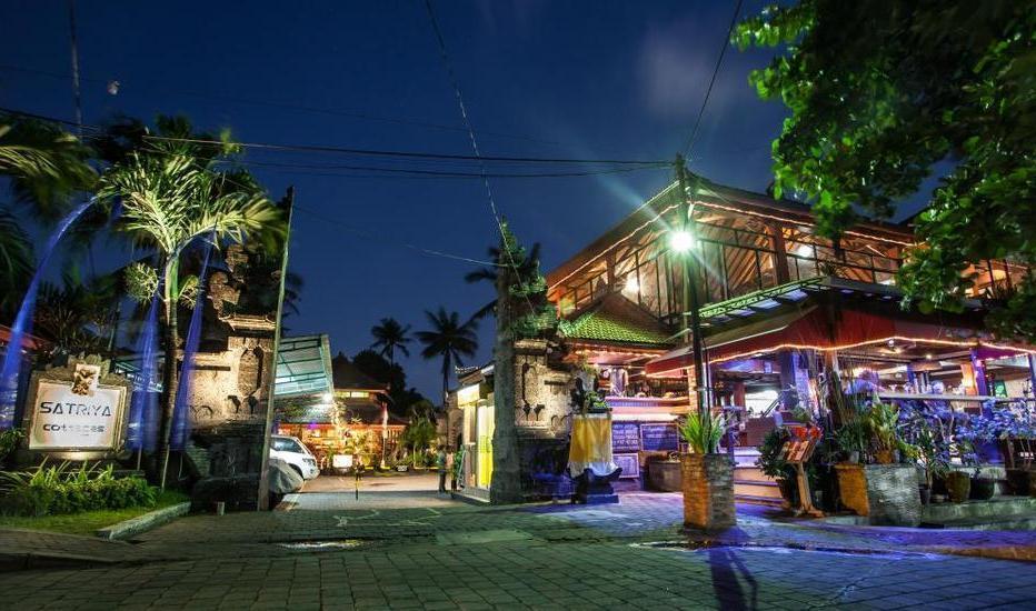 Satriya Cottages Bali - Gapura hotel