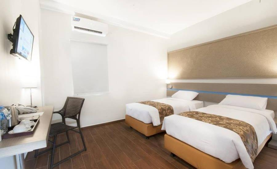 Genio Hotel Manado Manado - Superior Room Twin Regular Plan