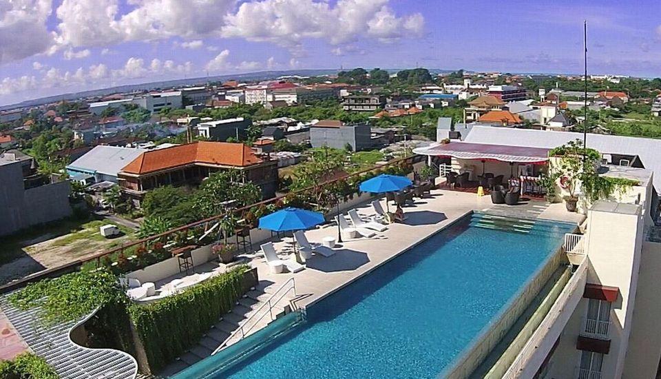 Atanaya Kuta Bali - Pool