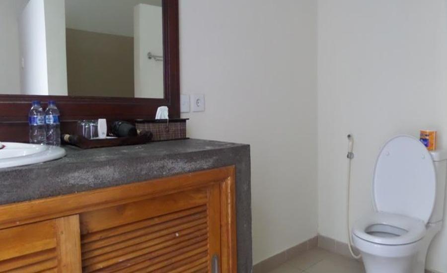 Padma Kumala Resort Bali - Kamar mandi
