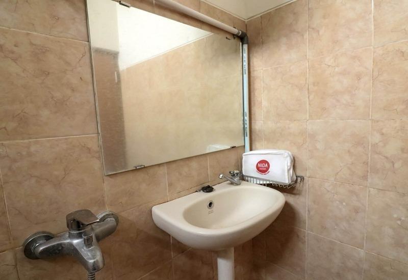 NIDA Rooms Urip Sumoharjo Monumen Monjali - Kamar mandi