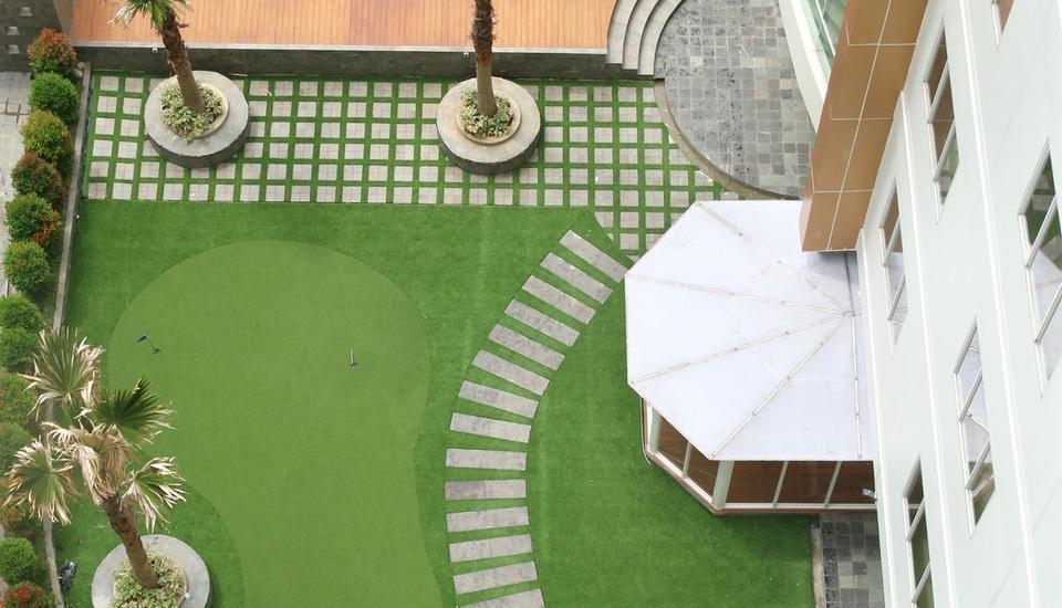 HARRIS Sentraland Semarang - Kolam renang