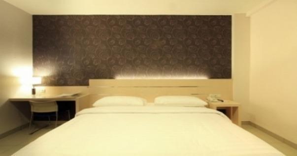 Cordela Hotel Medan - Kamar Deluxe Double Pegipegi Promo