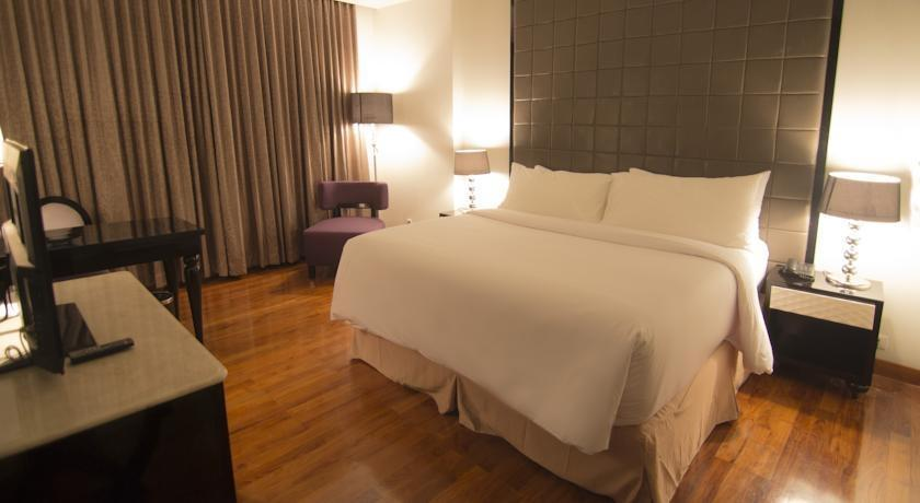 Diradja Hotel Indonesia Jakarta - Deluxe Double with Breakfast Regular Plan