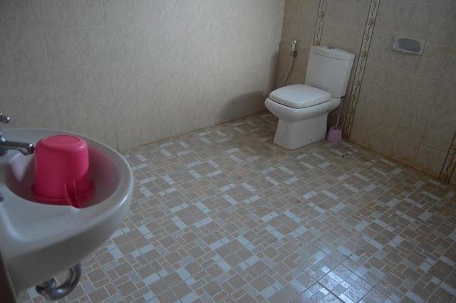 Yuyun Homestay Yogyakarta - Kamar mandi