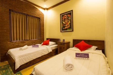 Tinggal Standard Jalan Jakarta Klojen Malang - Superior Room Romantic Stay - 50%