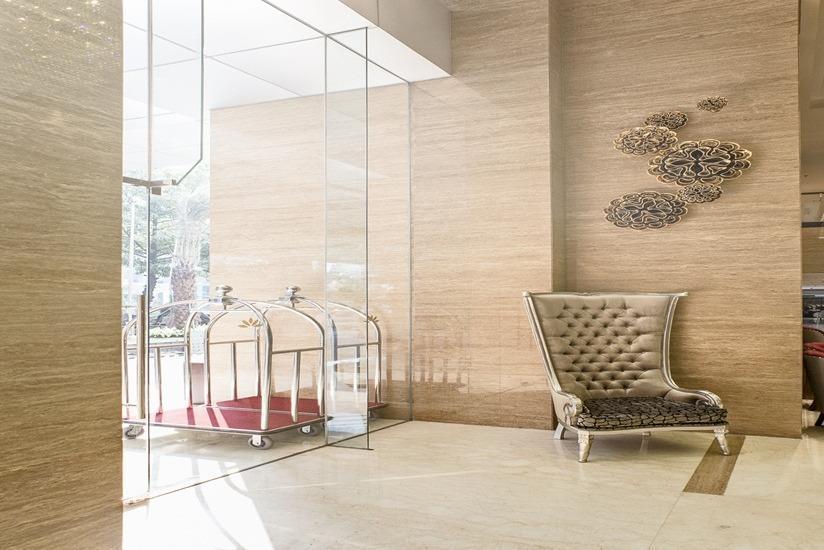 Hotel GranDhika Iskandarsyah - Pintu Masuk