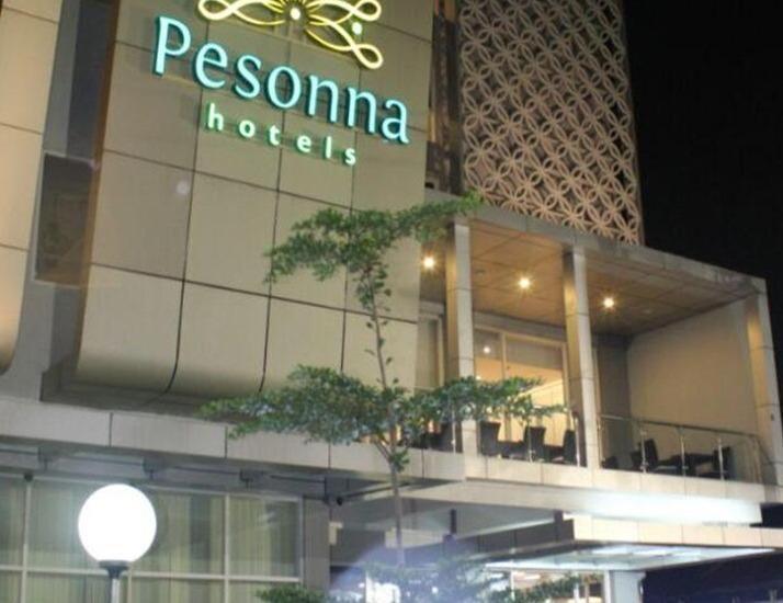 Pesonna Hotel Tegal Tegal - Eksterior