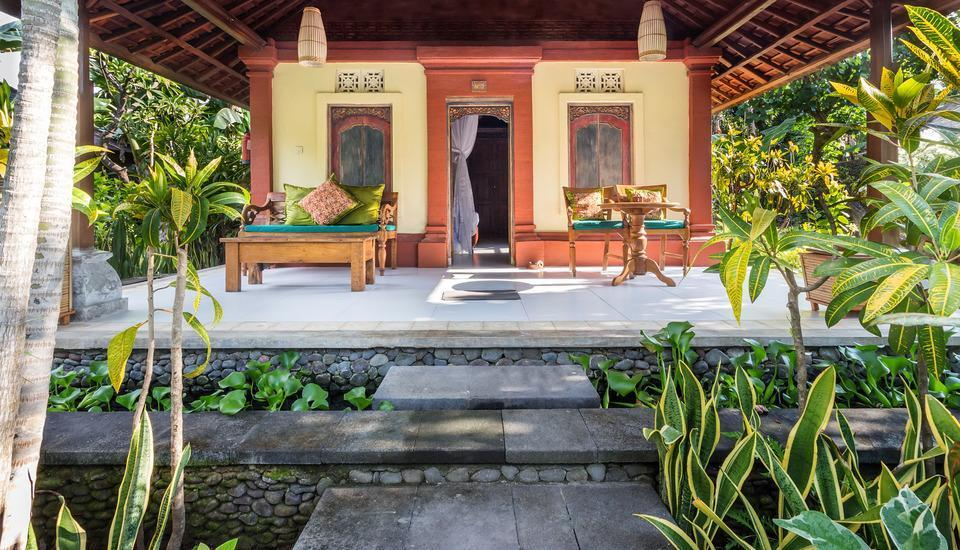 Taman Sari Bali Resort Bali - teras deluxe bungalow