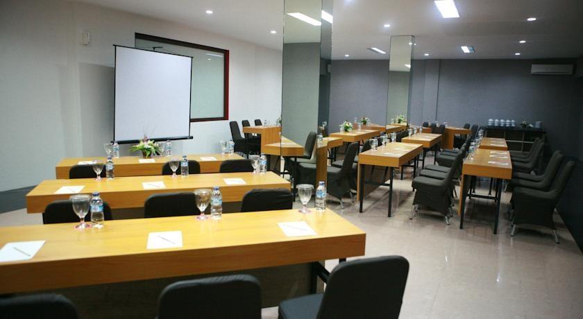 Hotel Zaira Pekanbaru - Meeting1