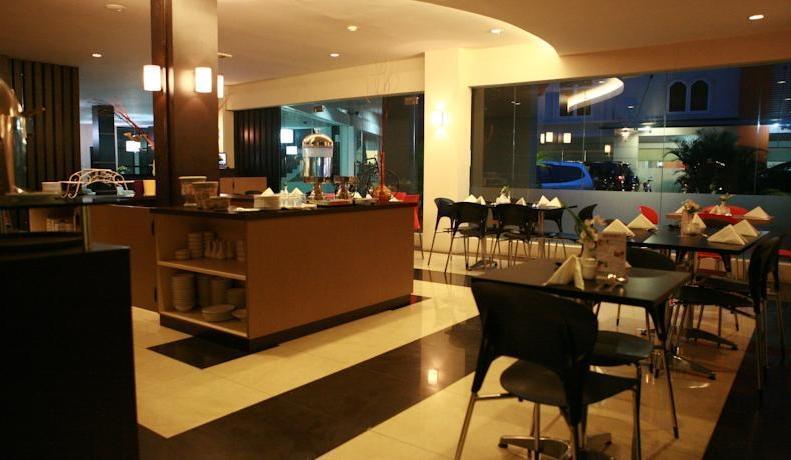 Hotel Zaira Pekanbaru - Restaurant1