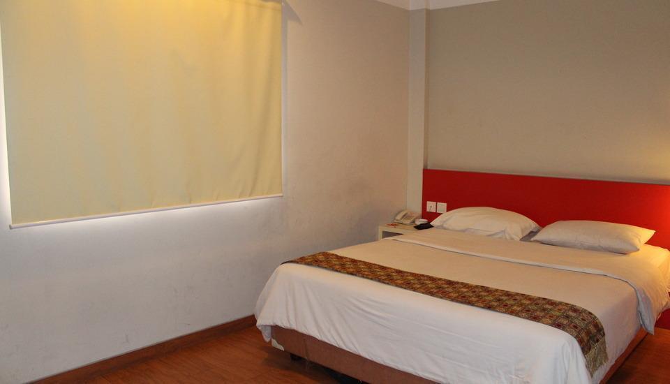 Hotel Zaira Pekanbaru - Kamar Deluxe  Regular Plan