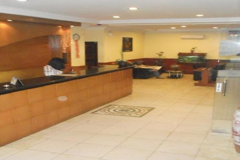 Hotel Parma Pekanbaru - Resepsionis
