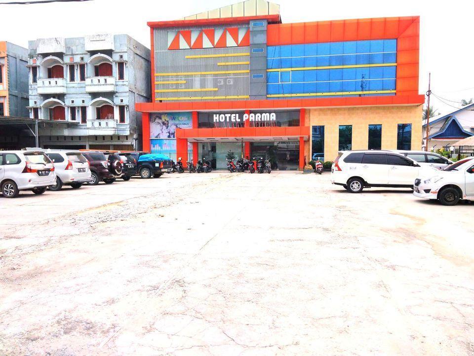 Hotel Parma Pekanbaru - BUILDING
