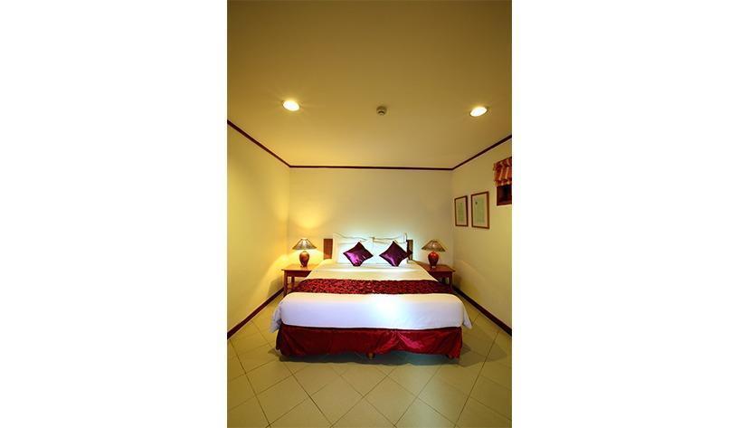 Tanjung Lesung Beach Hotel Pandeglang - Mutiara master bedroom