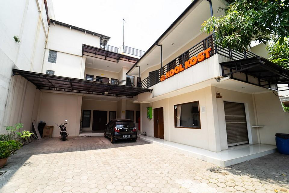 KoolKost Syariah near Alun Alun Kota Bandung