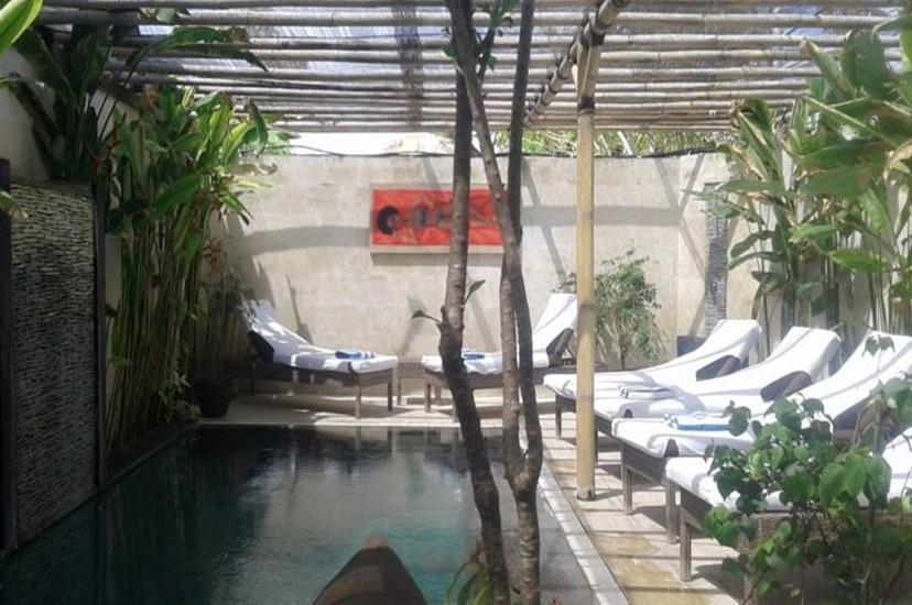 Scallywags Smugglers Hideaway Lombok - Kolam Renang