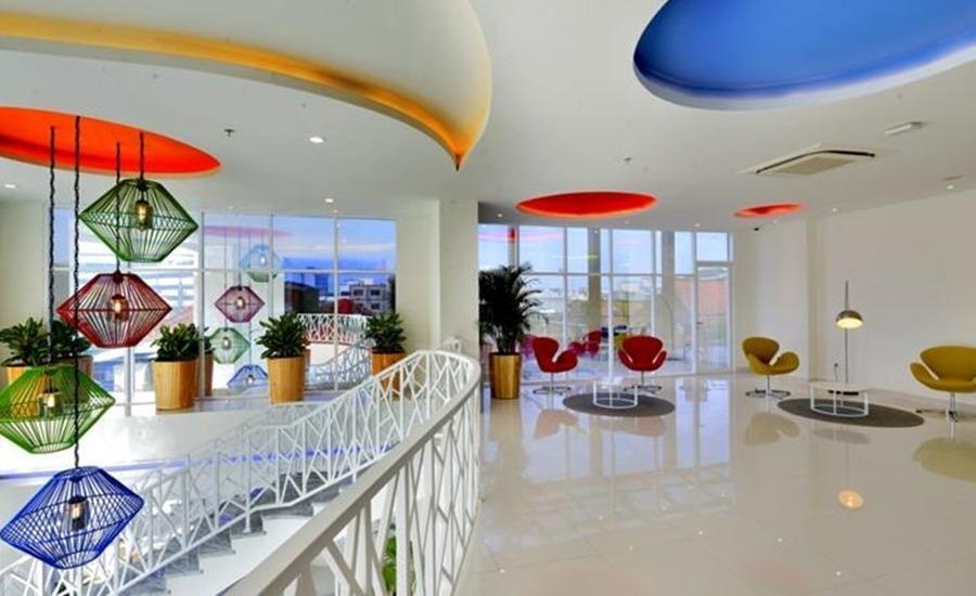 POP Hotel Stasiun Kota Surabaya - Interior