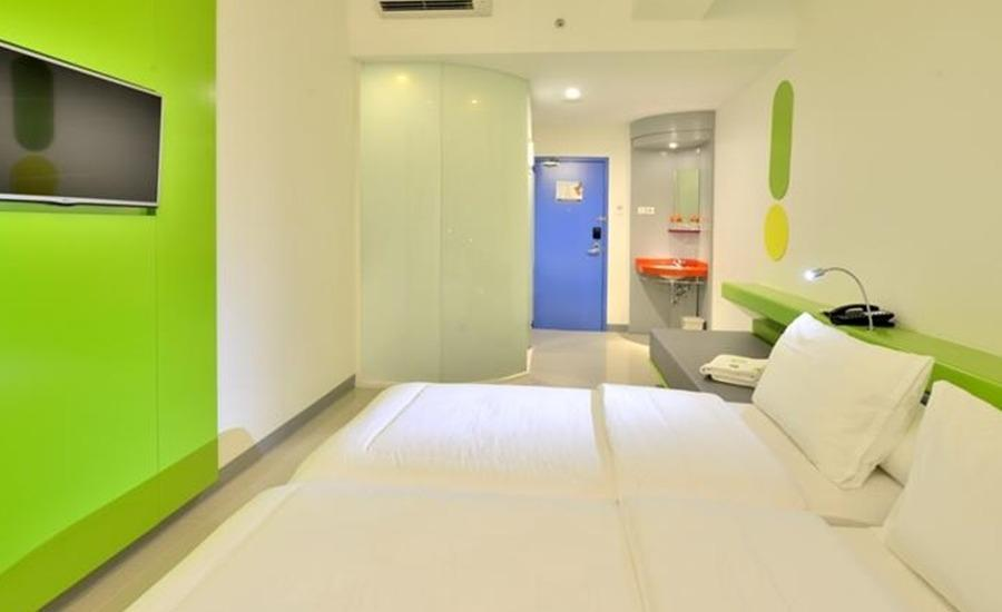 POP Hotel Stasiun Kota Surabaya - POP! Room Only Regular Plan