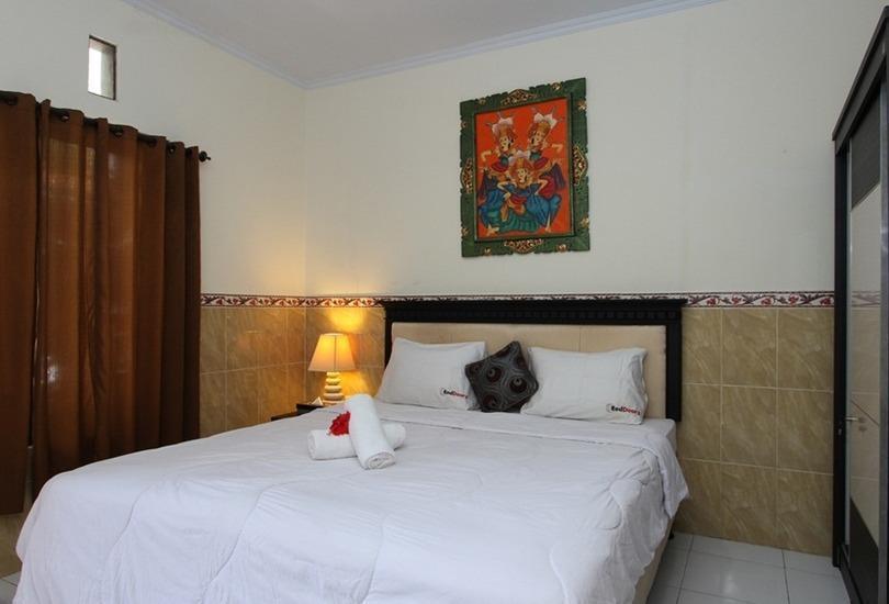 RedDoorz @ Wana Segara Kuta Bali - Kamar tamu