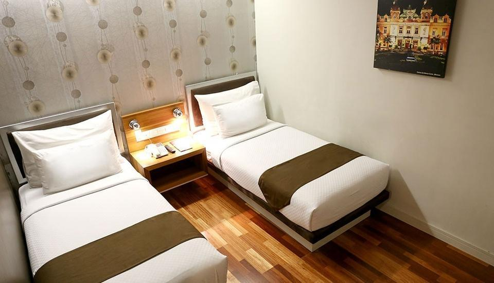 Citihub Hotel at Sudirman Surabaya - Standard Twin Room Only Regular Plan