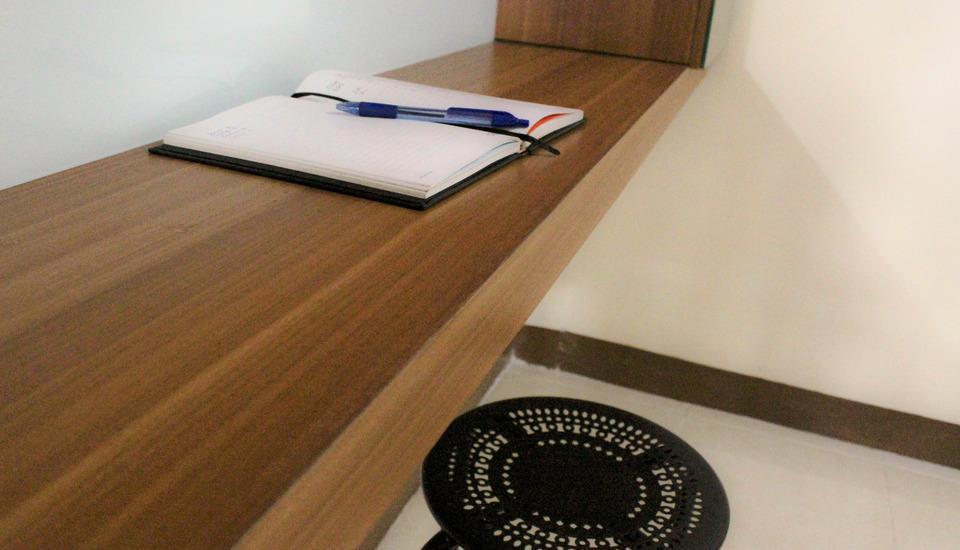 100 Meters Toll Access Kopo Hostel Bandung -