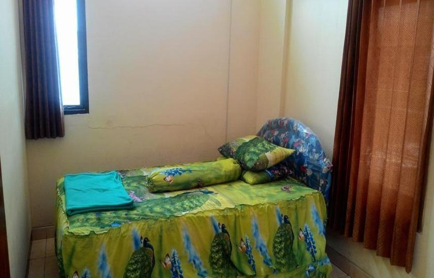 Imam Bonjol Hostel Semarang - Single Room With Shared Bathroom
