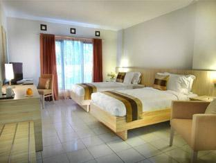 Palace Hotel Cipanas - Superior Twin  Regular Plan