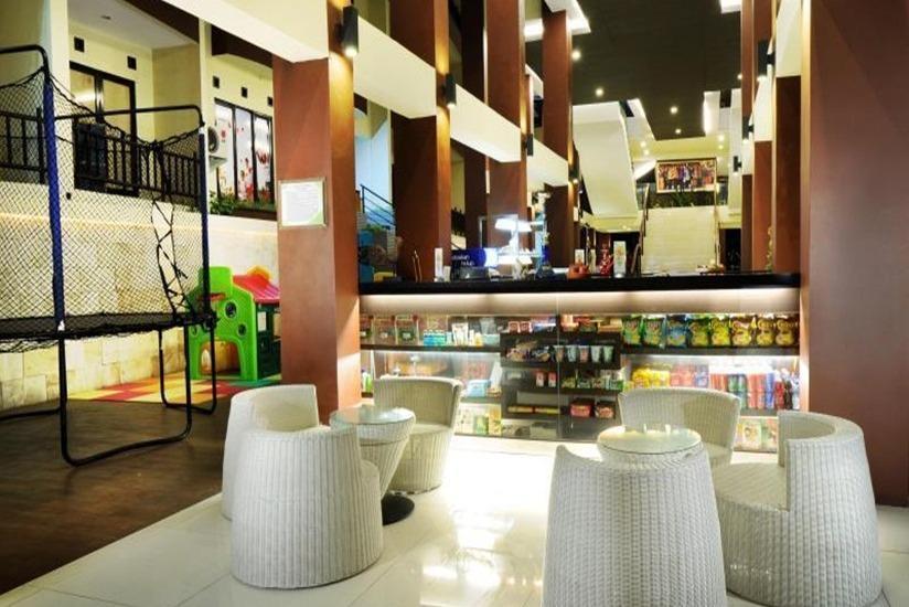 Palace Hotel Cipanas - Interior