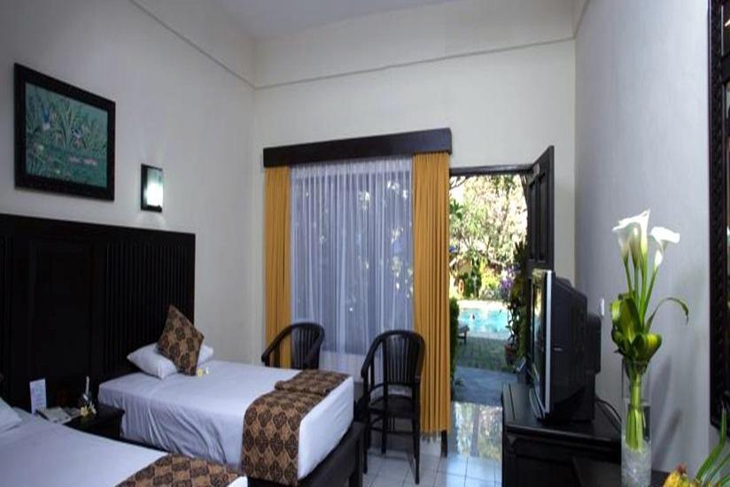 Puri Dalem Hotel Bali - Superior Triple Room With Breakfast Minimum Stay 2 Nights 40% Discount