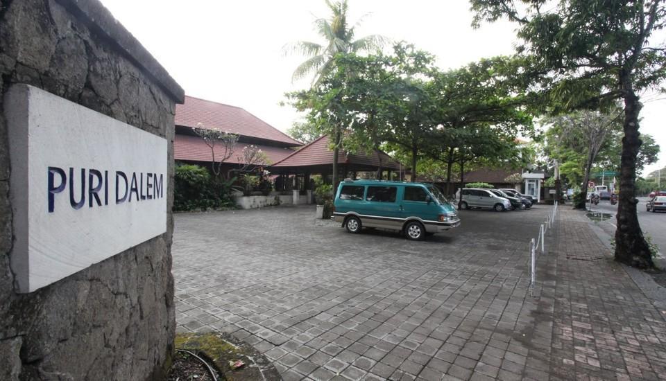 Puri Dalem Hotel Bali - Area parkir