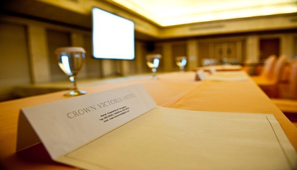 Hotel Crown Tulungagung - Interior