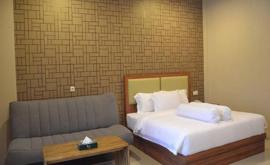 Grand Central Medan Medan - Grand Deluxe Room Regular Plan