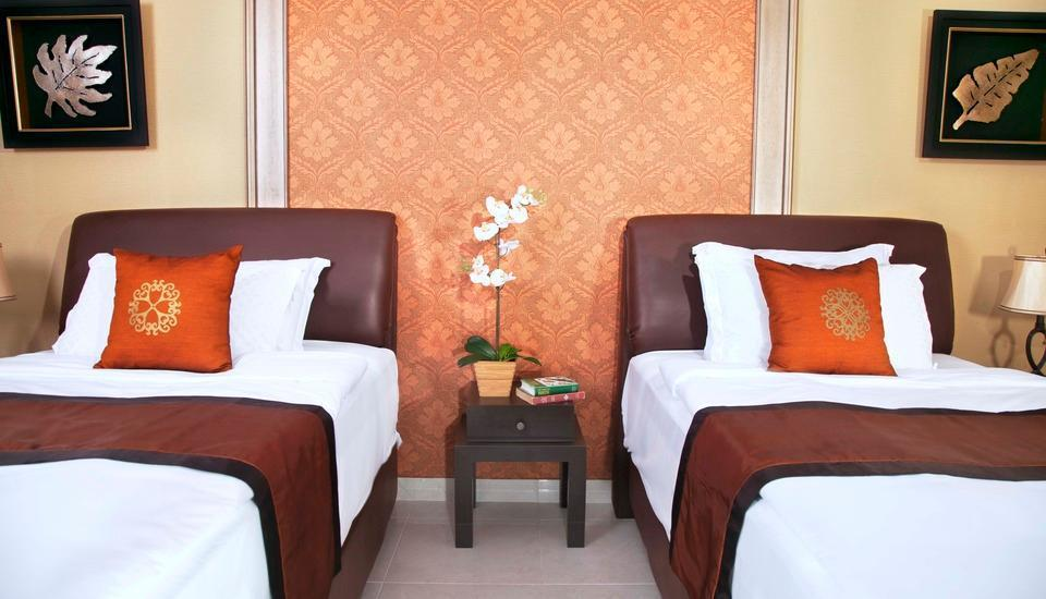 Green Garden Resort Serang - Superior Room With Balcony Regular Plan