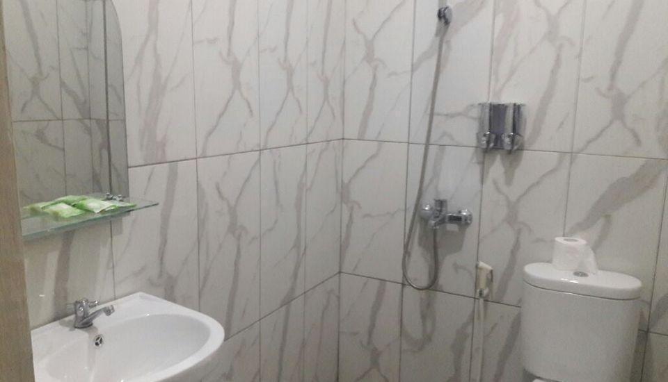 Tiara Guest House Banjarmasin - Superior Room Only Regular Plan