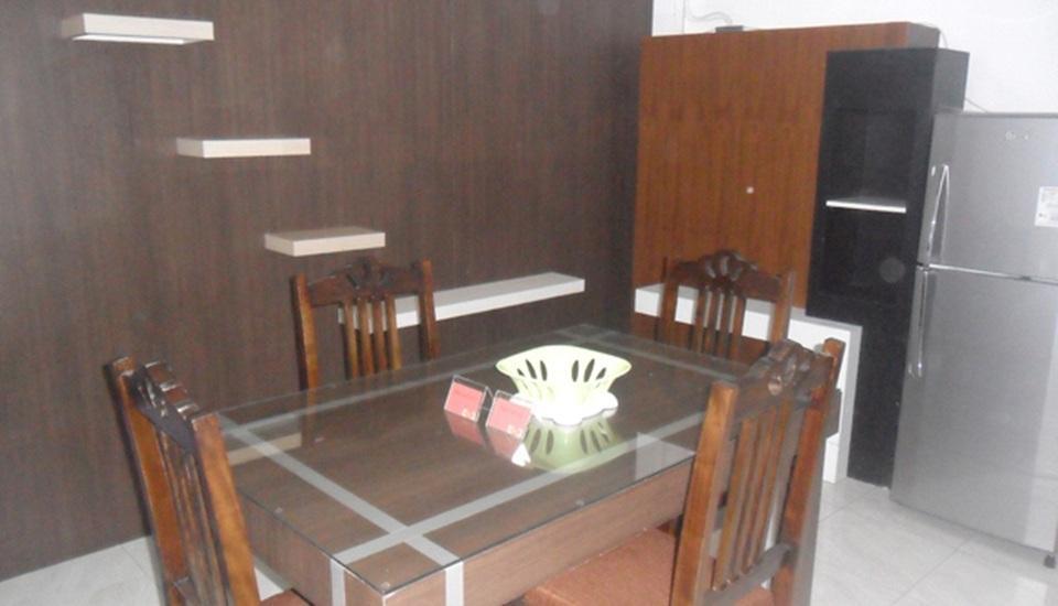 Simply Homy Guest House Pogung Yogyakarta - Ruang makan